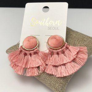 🆕Pink Multi tassel post earrings